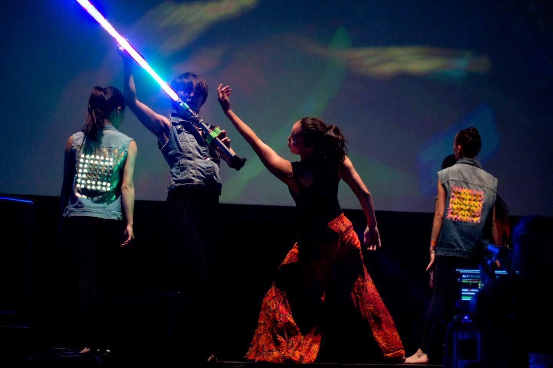 Mongolian Modern Dance – Crossing Identities // Live Performance